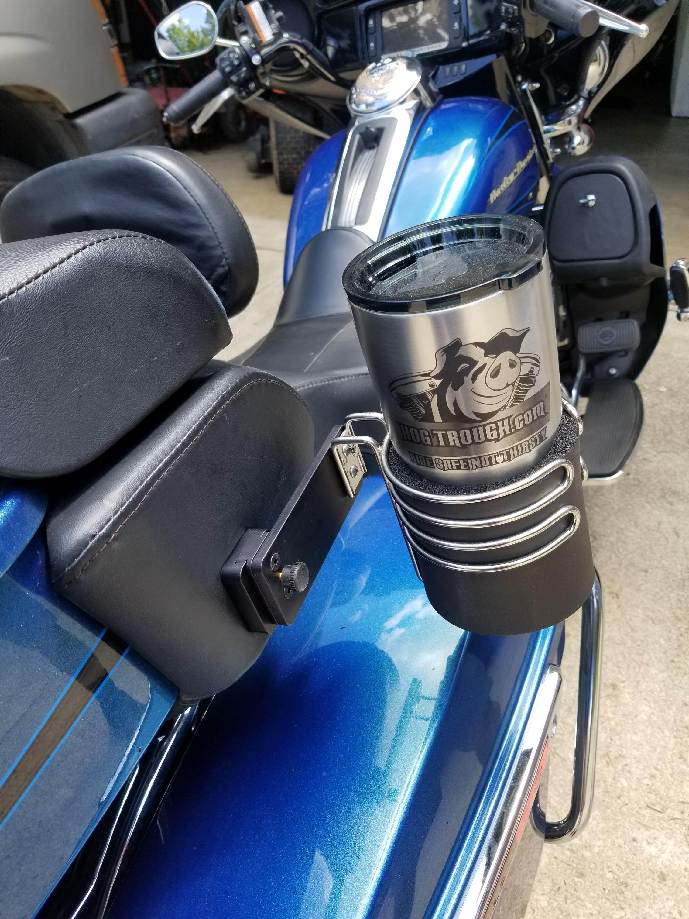 05 – Present Passenger Cup Holder
